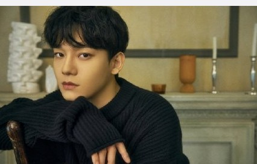 EXO成员CHEN金钟大即将入伍,为粉丝留下亲笔信